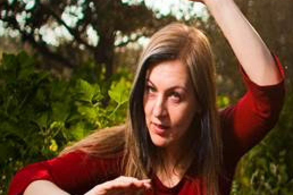 Βραδιές αφήγησης με τη Σάσα Βούλγαρη στην αυλή του «Ακαδημεία»!