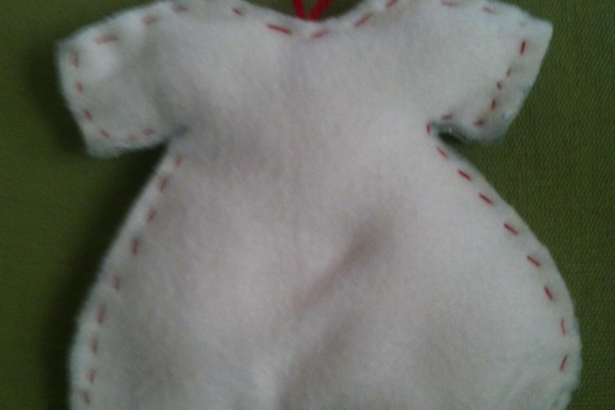 Πώς να φτιάξετε υφασμάτινα, χριστουγεννιάτικα στολίδια (49 μέρες για τα Χριστούγεννα!)