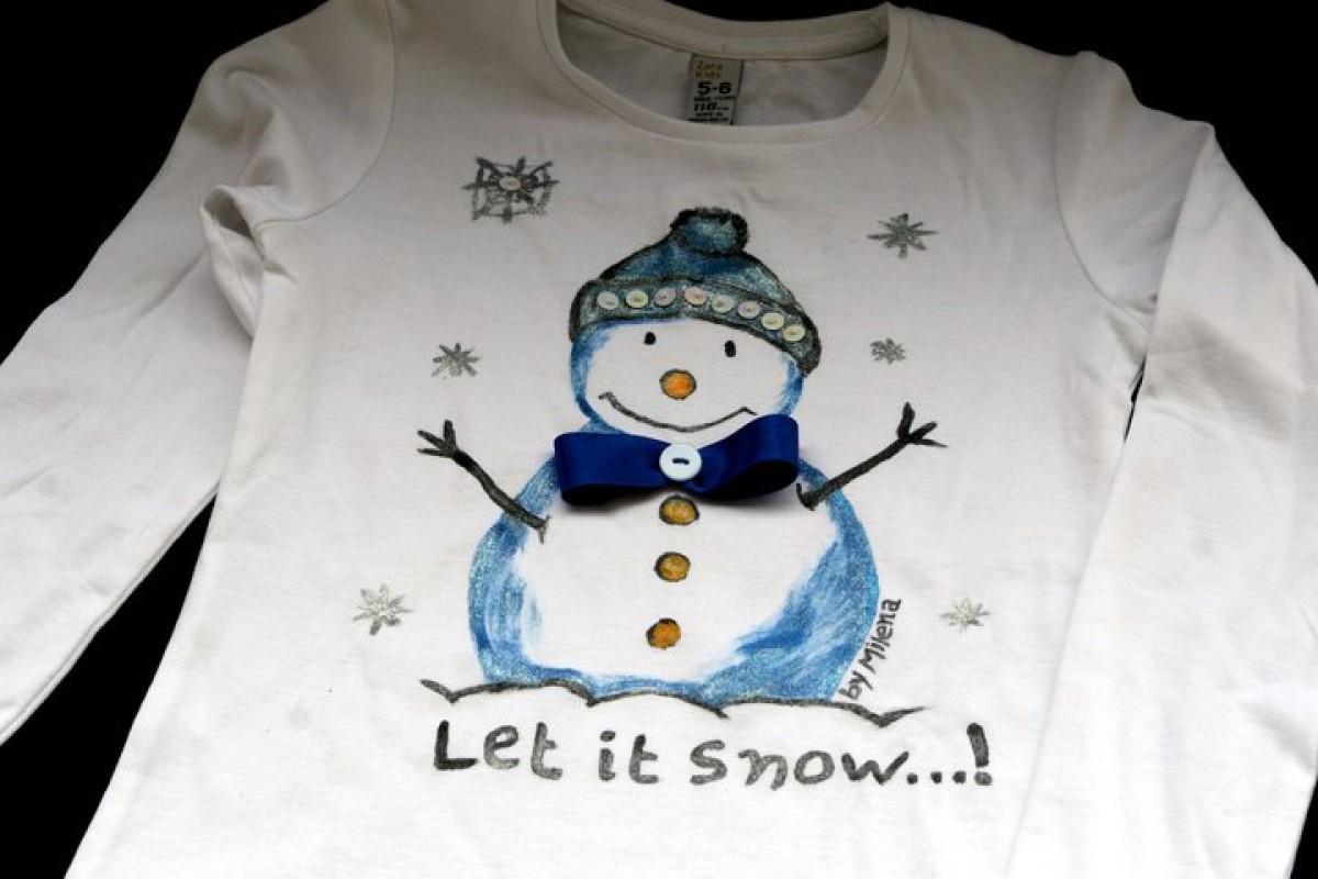 Μπλουζάκια με άρωμα Χριστουγέννων ζωγραφισμένα από τη Μιλένα!