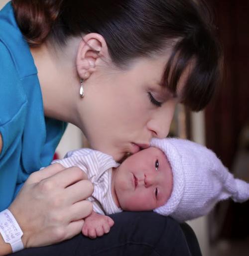 Nella Cordelia: Μια ιστορία γέννησης