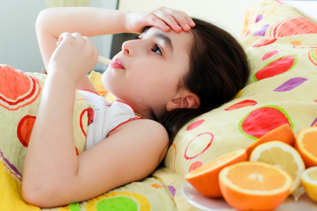 «Είμαι άρρωστος» – Πώς να καταλάβετε αν το παιδί σας λέει ψέματα