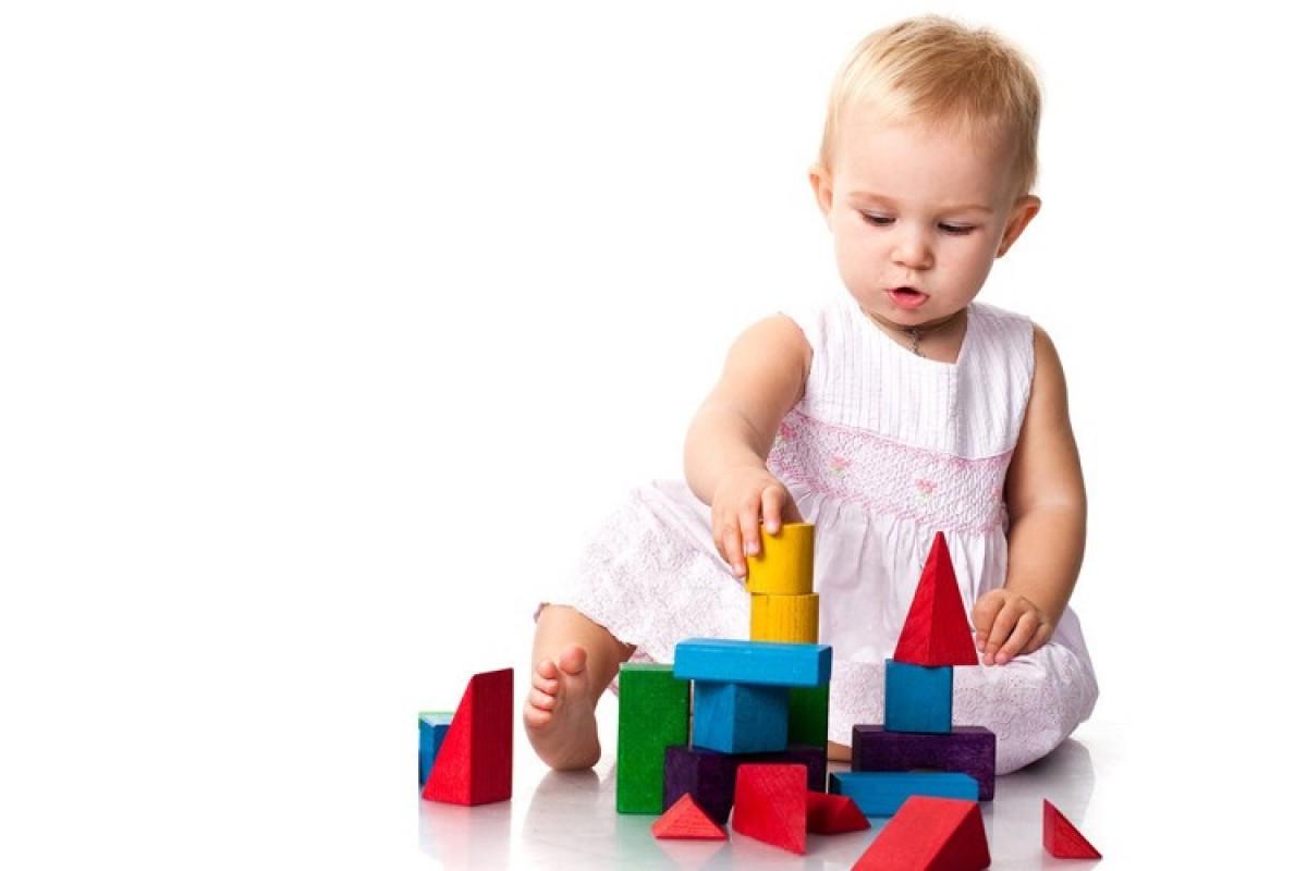 H μαμά ρωτάει: Αφήνετε να παίρνουν παιχνίδια άλλων παιδιών;