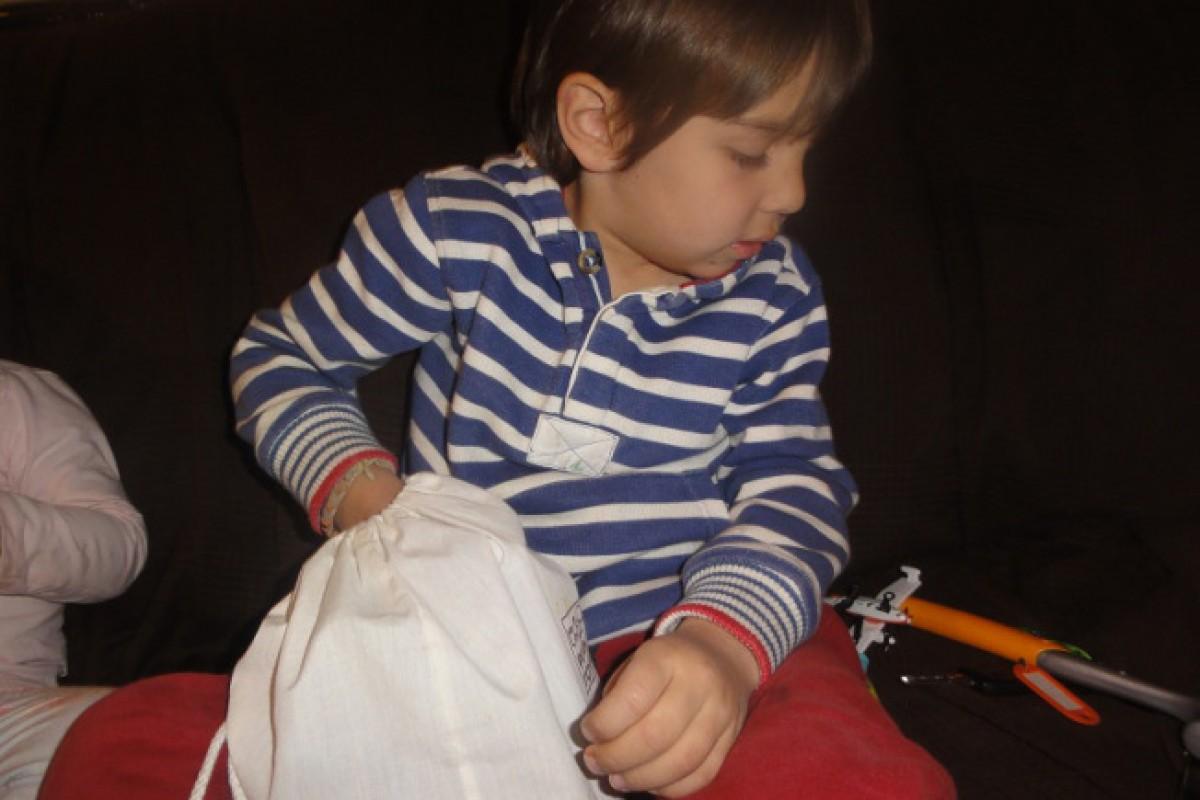 Μυστικά στο Σακί (άσκηση Μοντεσσόρι για νήπια και προσχολικές ηλικίες)