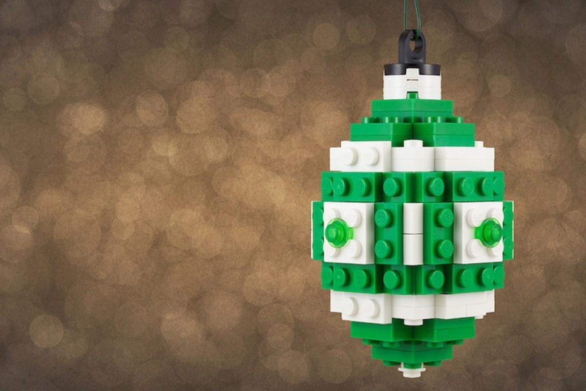 Χριστουγεννιάτικα στολίδια φτιαγμένα από LEGO