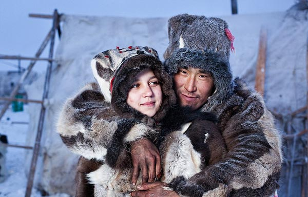 Inuits-From-Chukotka-By-Photographer-Sasha-Leahovcenco-1