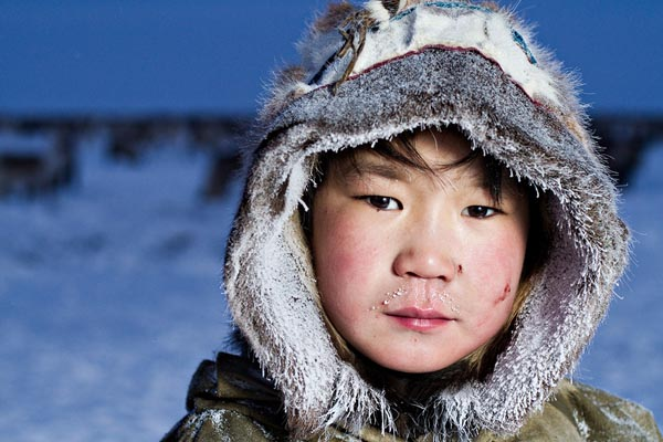 Inuits-From-Chukotka-By-Photographer-Sasha-Leahovcenco-4