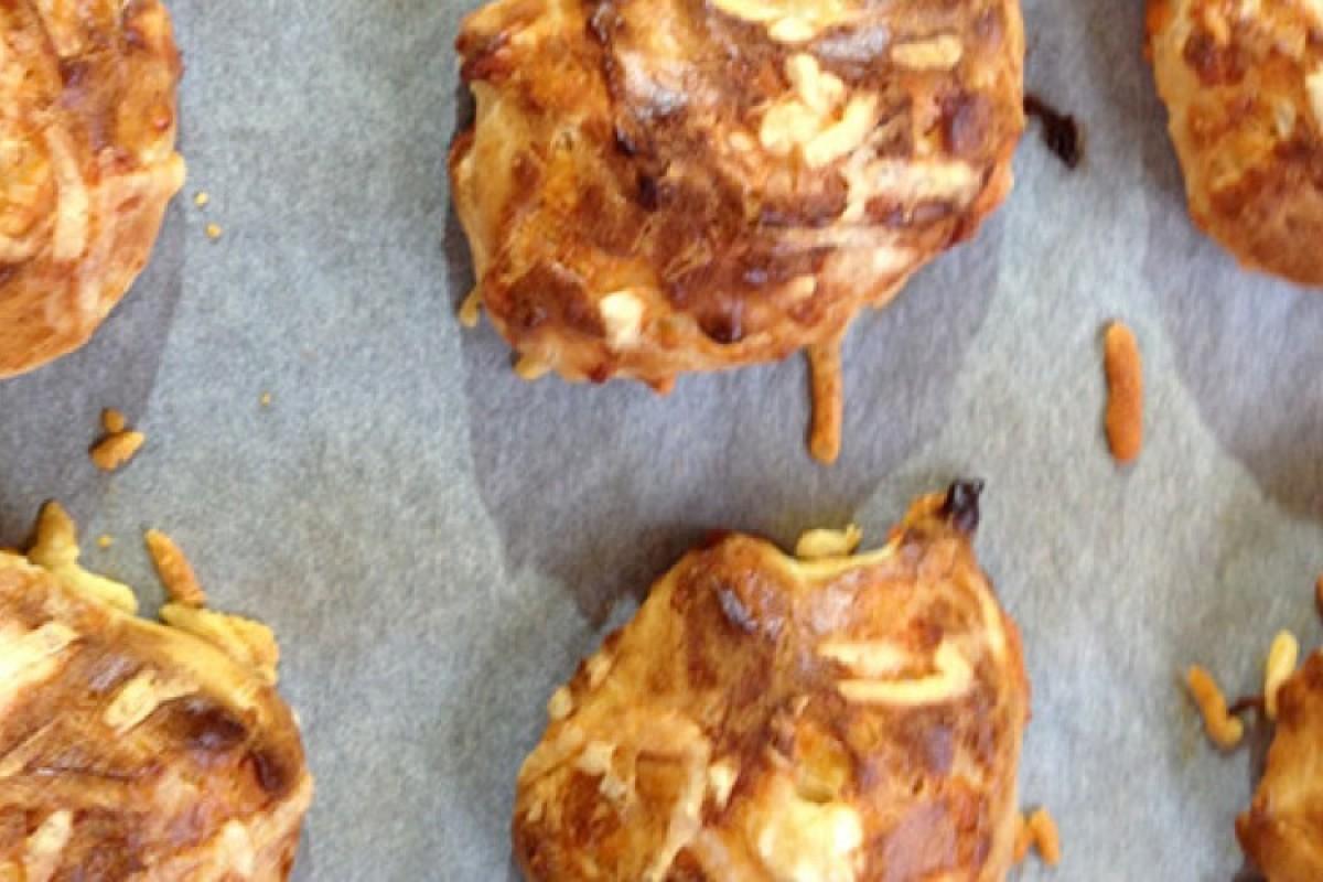 Αβγοτυροπιτάκια φούρνου πανεύκολα και πεντανόστιμα