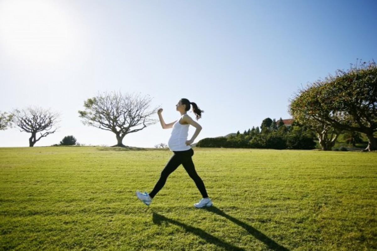 3 τρόποι για να προετοιμάσετε το σώμα σας για τον τοκετό