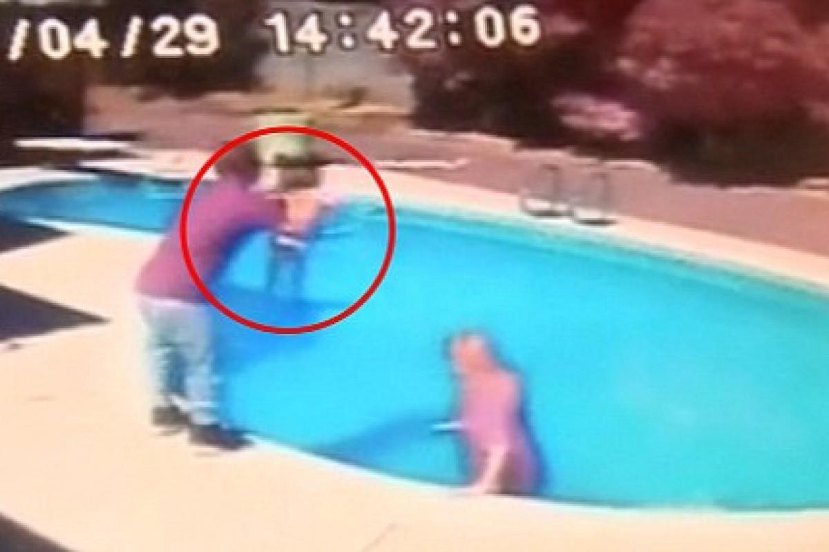 Πέταξε τη 2χρονη κόρη του στην πισίνα «για να πάρει το μάθημά της»