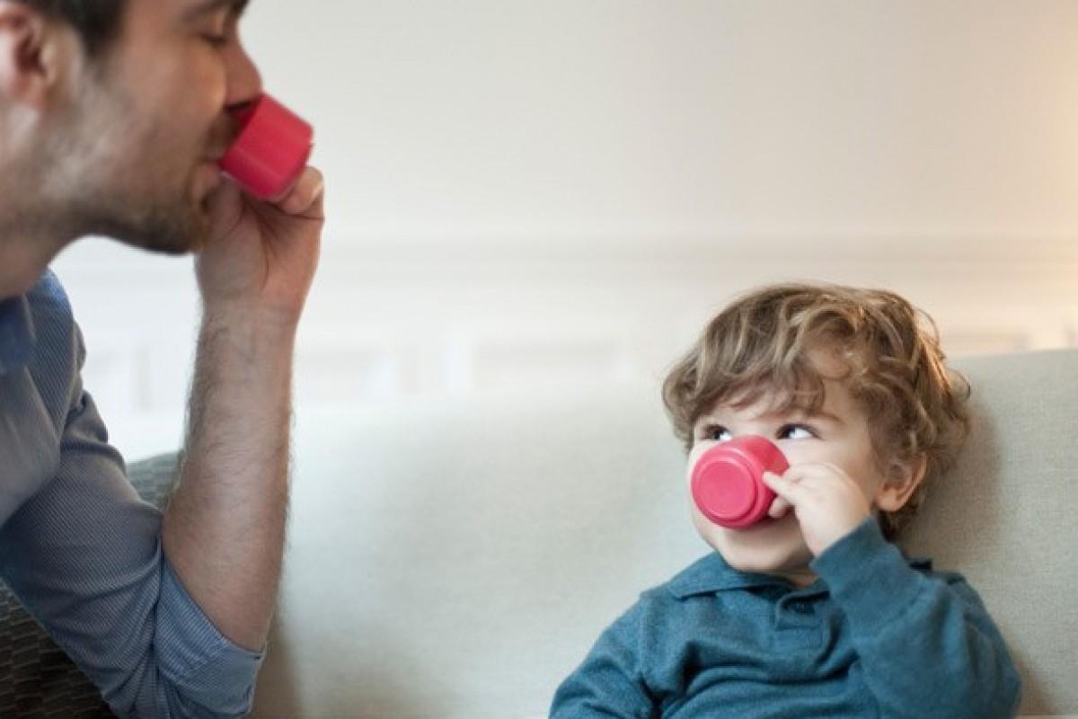 Γιατί το να παίζεις με τα παιδιά σου είναι (σςςς) λιγάκι βαρετό