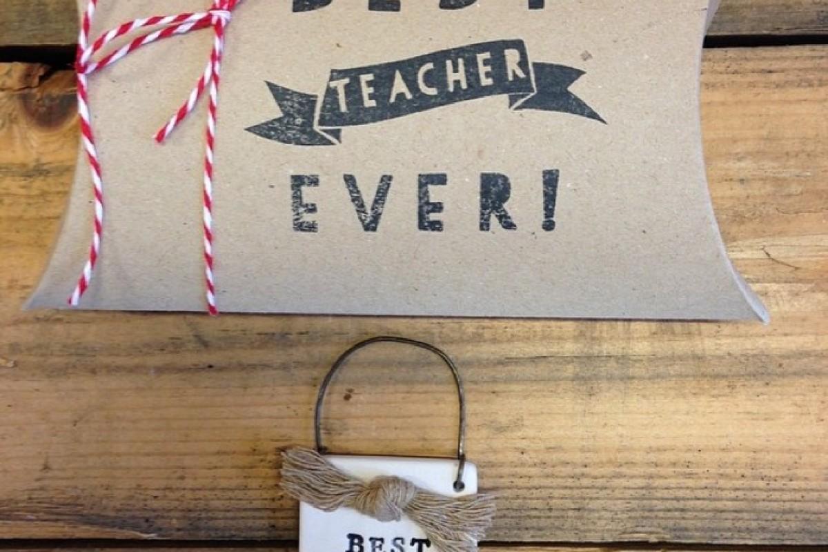 Συμβολικά δωράκια για τους δασκάλους με την υπογραφή του Happy Hippie!
