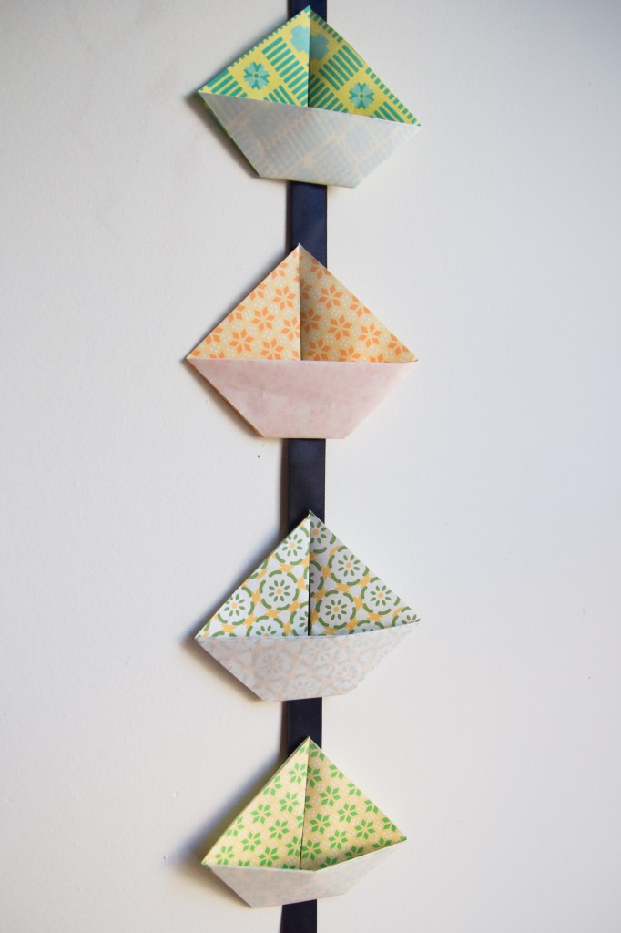 origami-boat-garland-1-of-2-2
