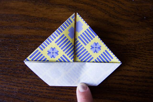 origami-boat-garland-11-of-14