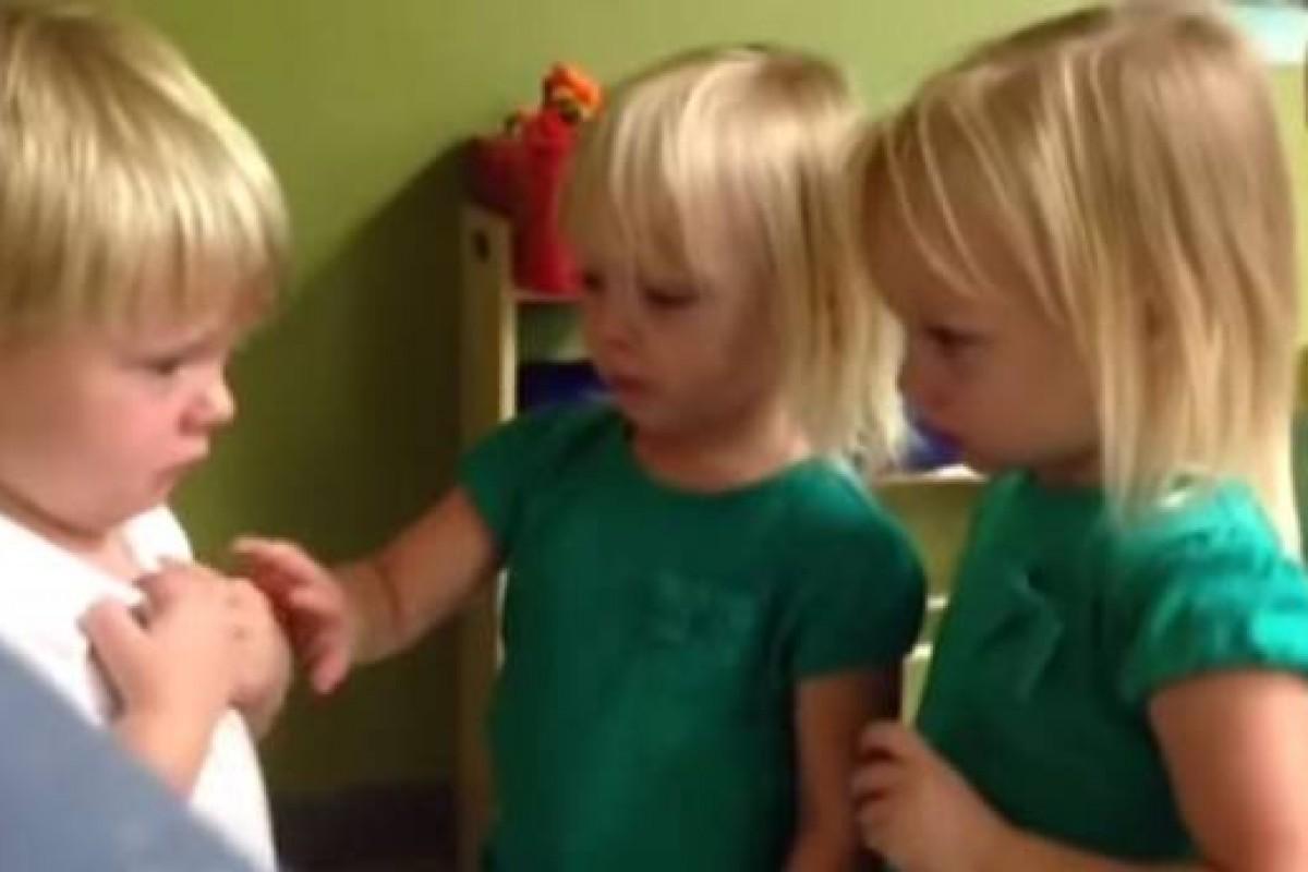 Το πιο αγαπησιάρικο βίντεο με πρωταγωνιστές τρία νηπιάκια