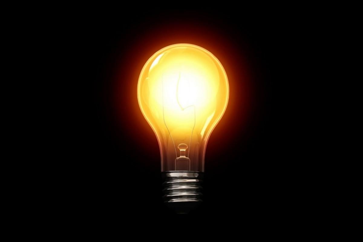 Ποιος αλλάζει τα φώτα και ποιου;