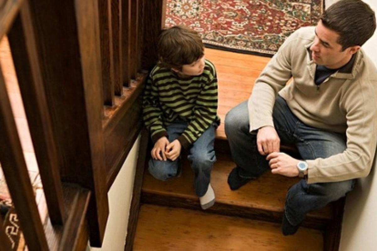 Δεν αξίζει να δίνεις συμβουλές στο παιδί σου