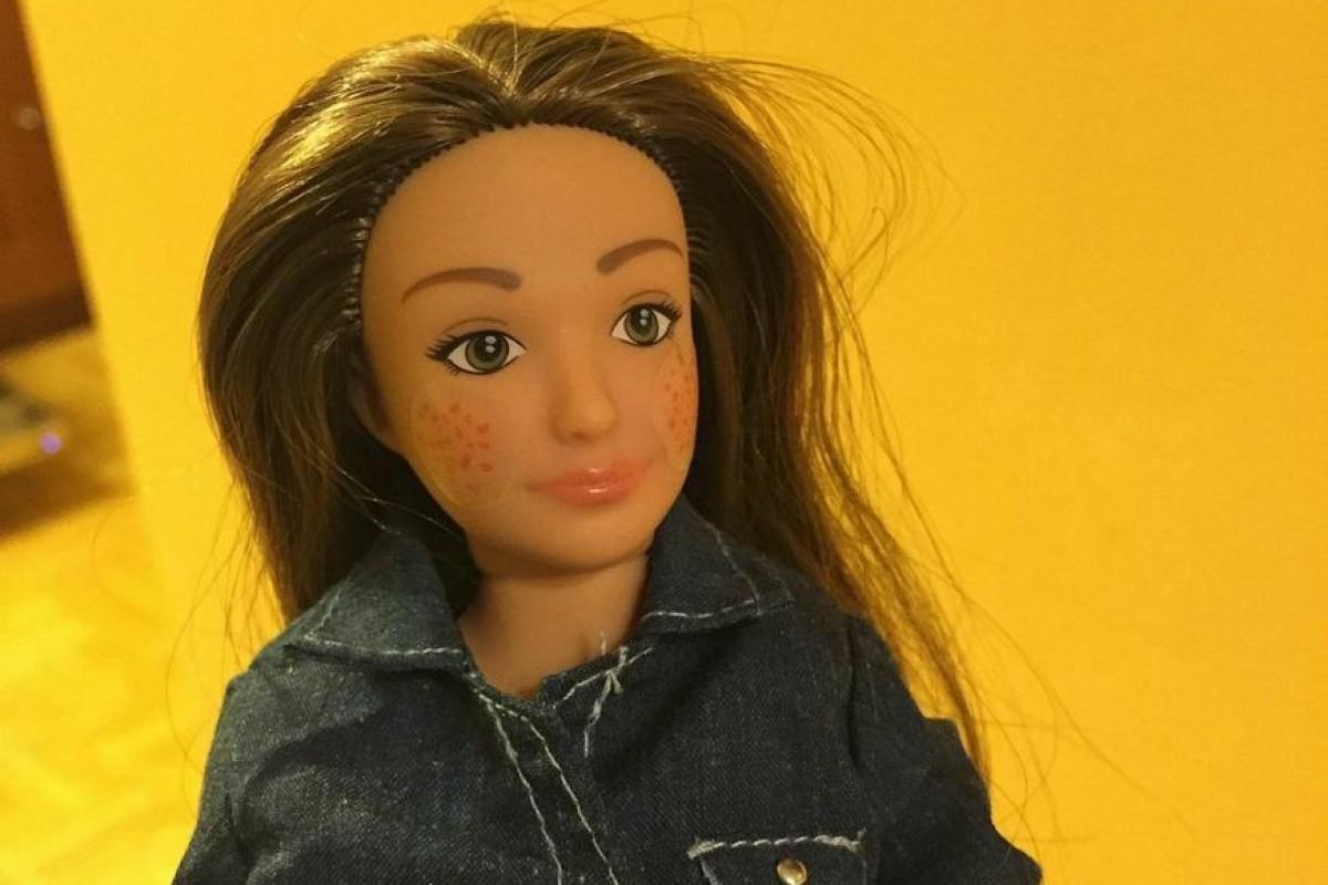 Γνωρίστε τη Lammily, μια Barbie φυσιολογικό κορίτσι