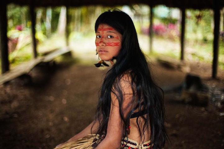 NorocMihaela15KichwawomaninAmazonianrainforest