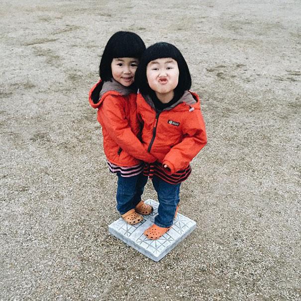 childhood-twin-sisters-family-pictures-sunmoooon-akira-oozawa-4