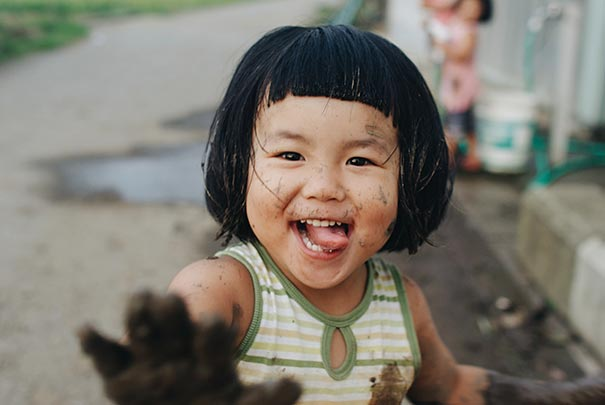 childhood-twin-sisters-family-pictures-sunmoooon-akira-oozawa-66__605