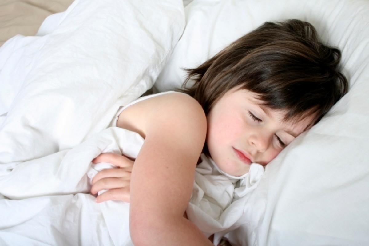 Μία νέα έρευνα σχετίζει τον ύπνο στην παιδική ηλικία με την ψυχική υγεία