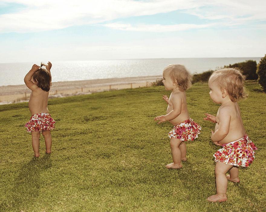 15-months-Beachhouse-girls-in-batherss__880