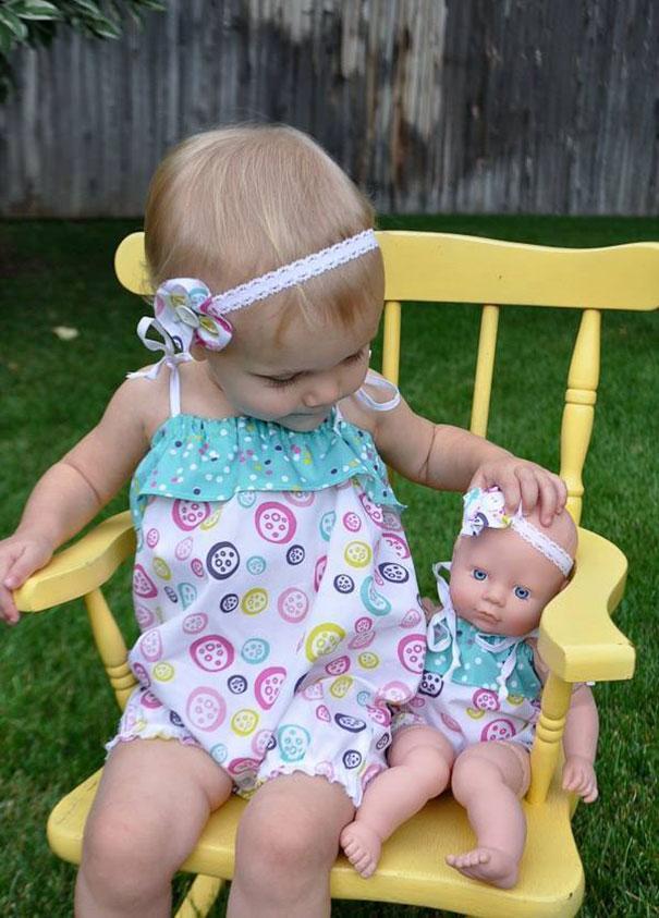 babies-and-look-alike-dolls-10__605