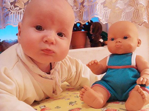 babies-and-look-alike-dolls-29__605