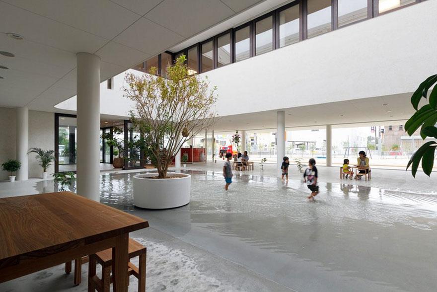 preschool-collects-rainwater-puddles-kids-play-dai-ichi-yochien-hibino-sekkei-6