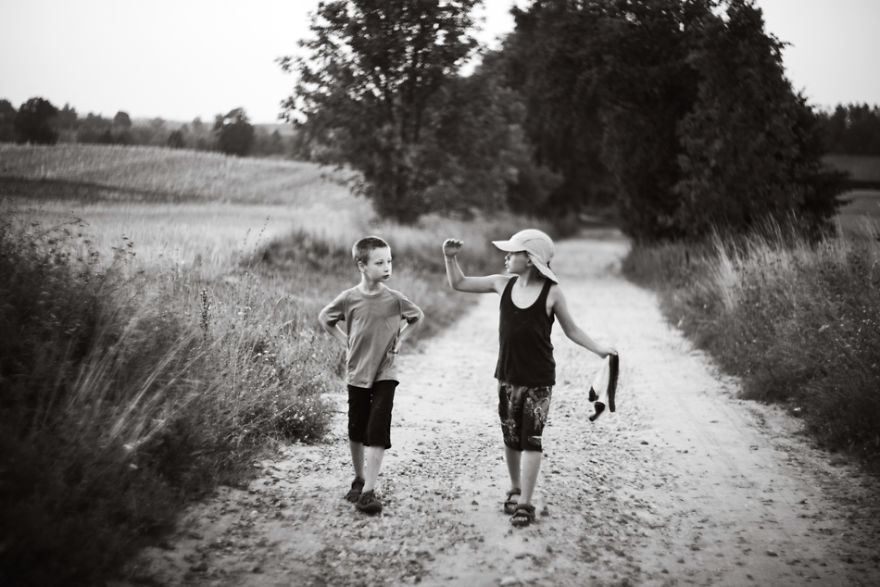 17-summer-holidays-country-side-children__880