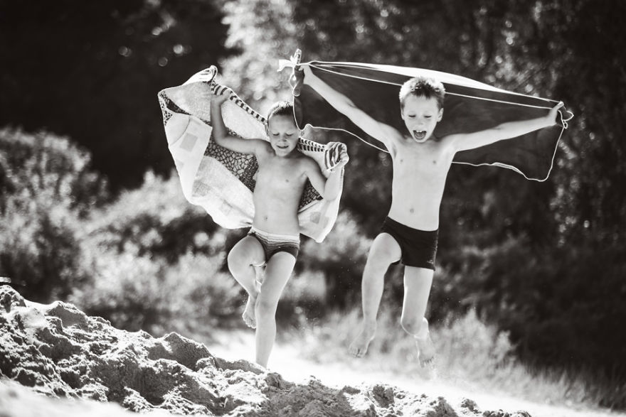 21-summer-holidays-country-side-children__880