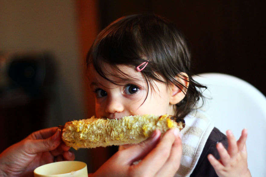 I-fed-my-little-girl-a-meal-from-195-countries-it-was-bonkers-cute7__880