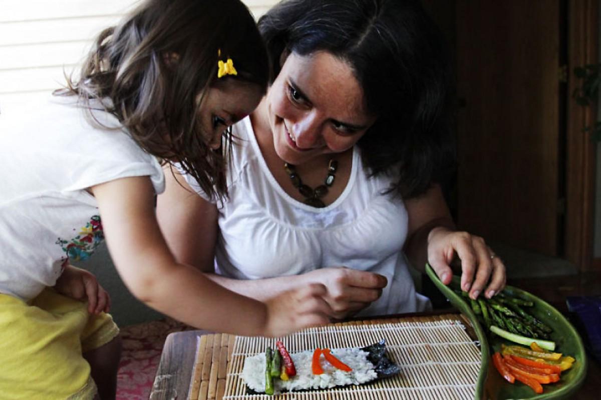 Δοκιμάζοντας φαγητά από 195 χώρες με την κόρη μου
