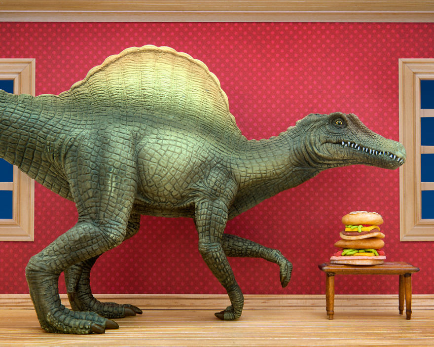 i-teach-my-daughter-photography-by-creating-domestic-dinosaur-scenes-10__880