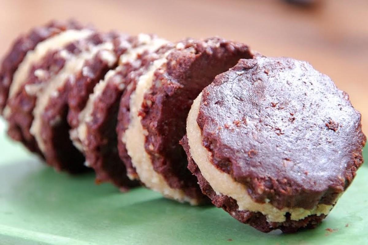 Σπιτικά μπισκότα Oreo χωρίς ζάχαρη, γλουτένη και ψήσιμο