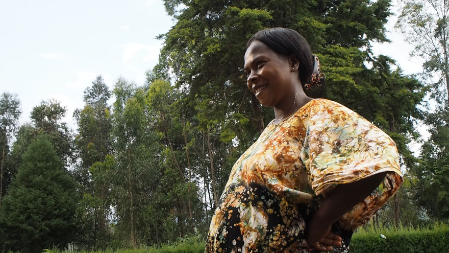 pregnant-woman-from-congo-walks-27-km-in-5-hours-just-to-get-to-her-nearest-clinic-13__880