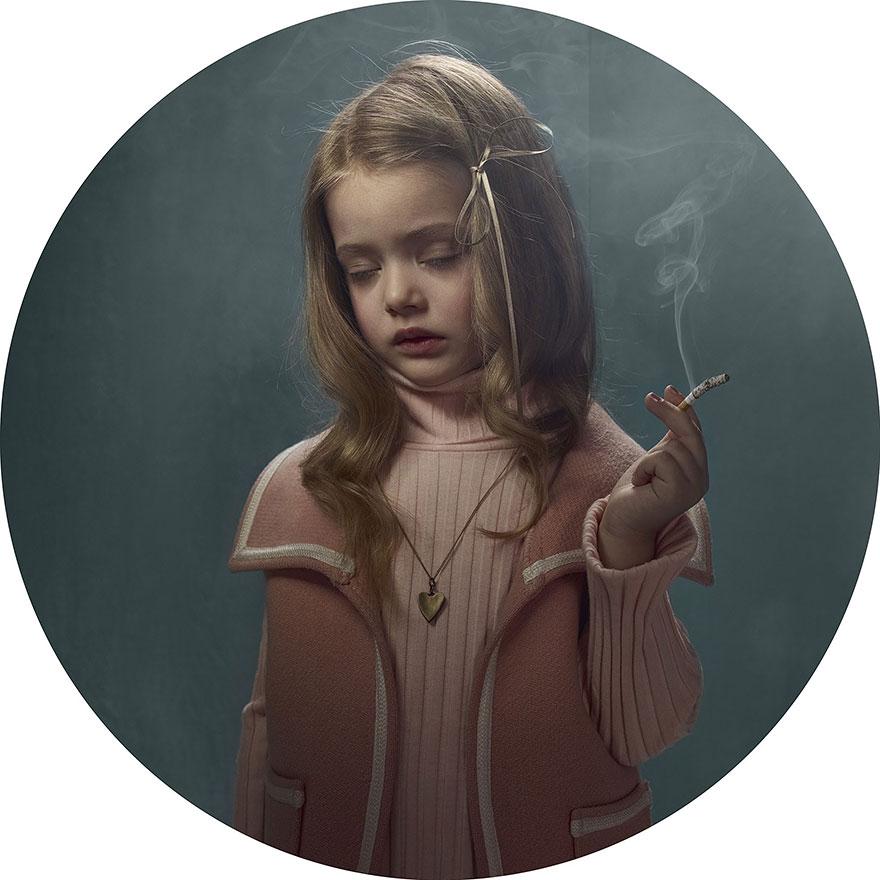 smoking-children-frieke-janssens-5