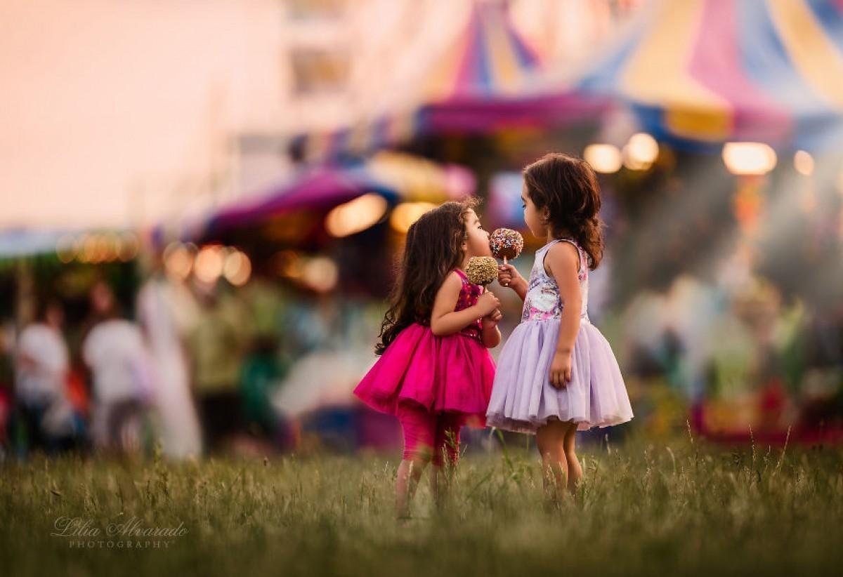 Οι δίδυμες κόρες μου γεννήθηκαν με σύνδρομο TTTS αλλά έγιναν η μεγαλύτερη μου έμπνευση