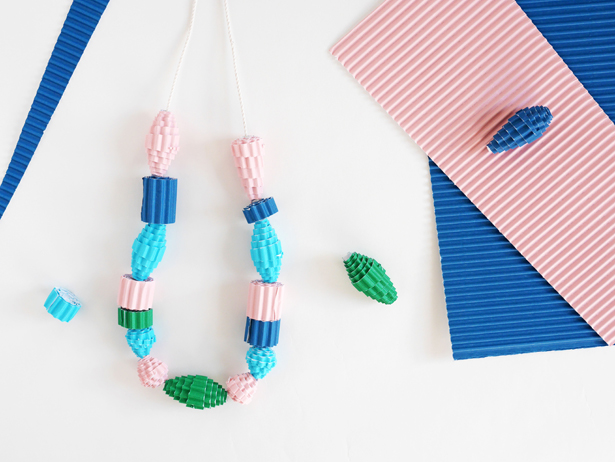 DIY-corrugated-beads-2
