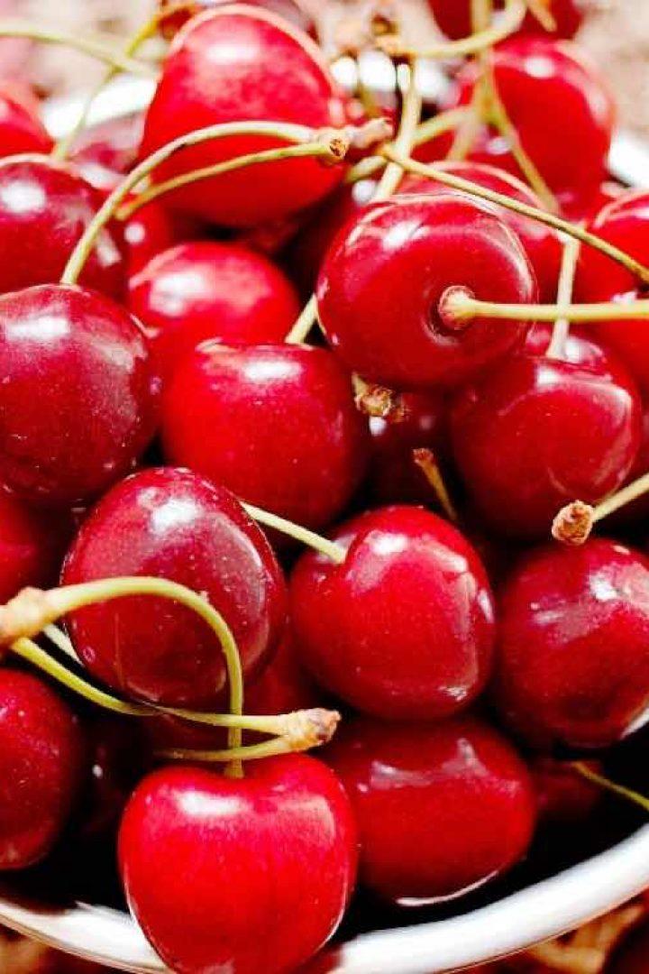 Αυτά είναι τα πιο βρώμικα φρούτα και λαχανικά