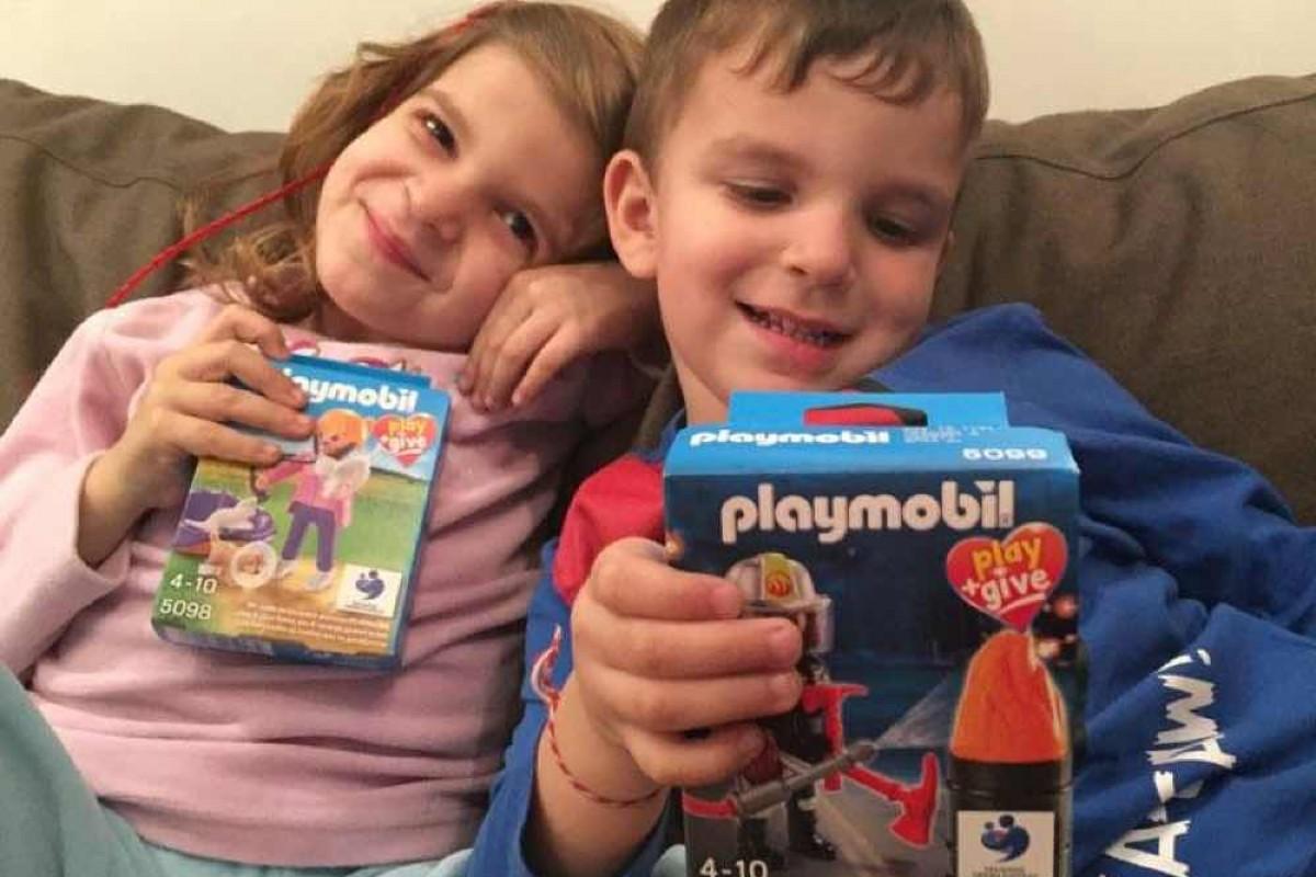 PLAYMOBIL Play & Give | Κάθε χρόνο δυο συλλεκτικές φιγούρες PLAYMOBIL χαρίζουν χαρά και ΕΛΠΙΔΑ!