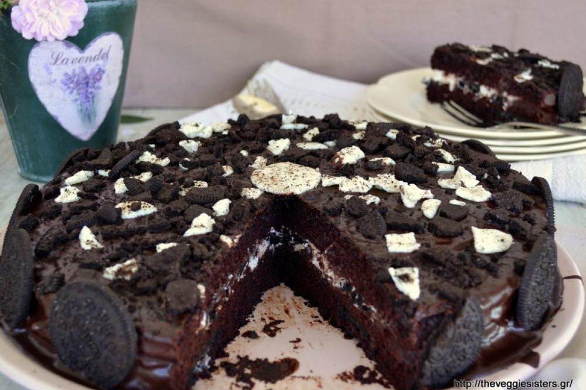 Σοκολατένια τούρτα με μπισκότα Oreo!