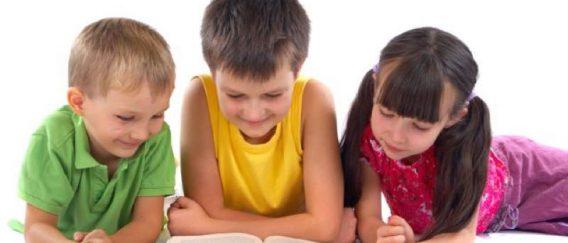 Τα βιβλία σ' ένα σπίτι ανεβάζουν το μορφωτικό επίπεδο των παιδιών Διαβάστε περισσότερα: Τα βιβλία σ' ένα σπίτι ανεβάζουν το μορφωτικό επίπεδο των παιδιών