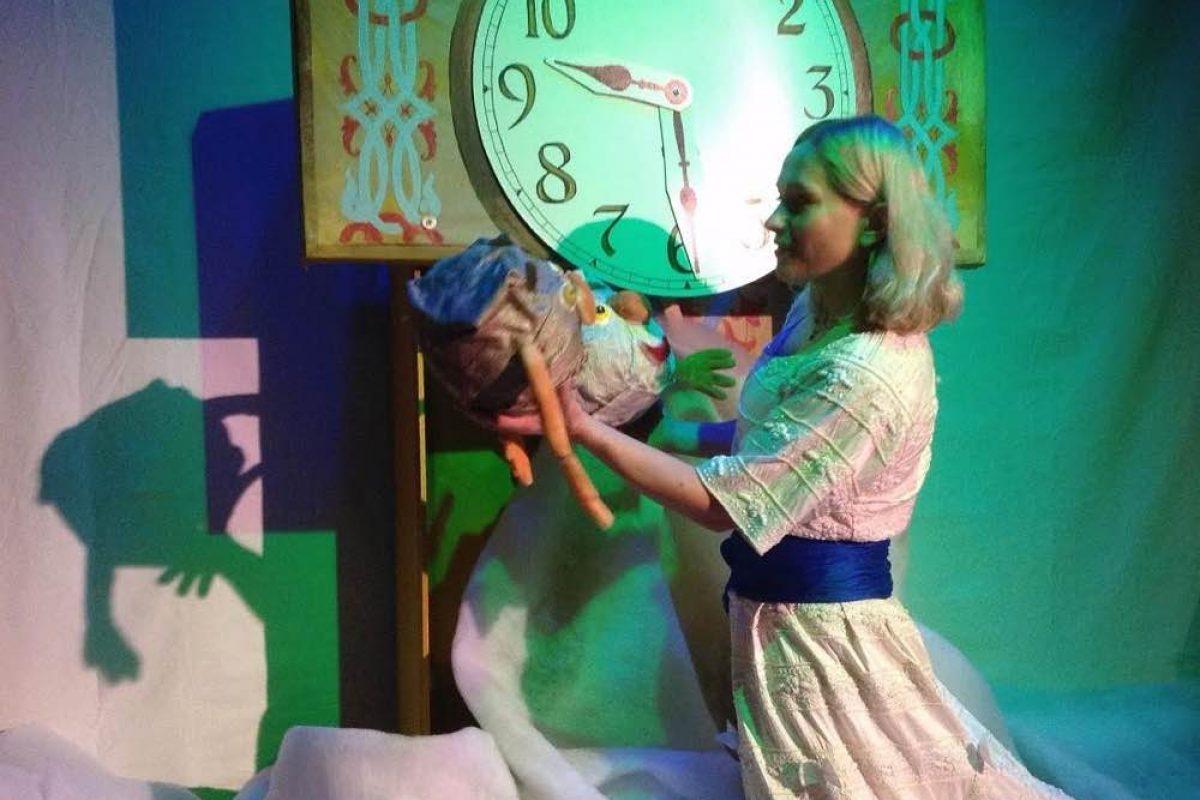 Χριστουγεννιάτικες παραστάσεις από το Θέατρο Κούκλας της Ιρίνα Μπόικο «People & Puppets' Svit»