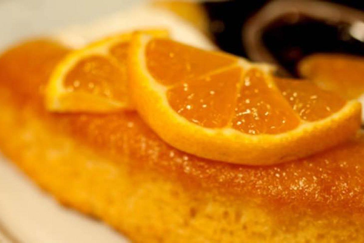 Αμυγδαλόπιτα σιροπιαστή με πορτοκάλι