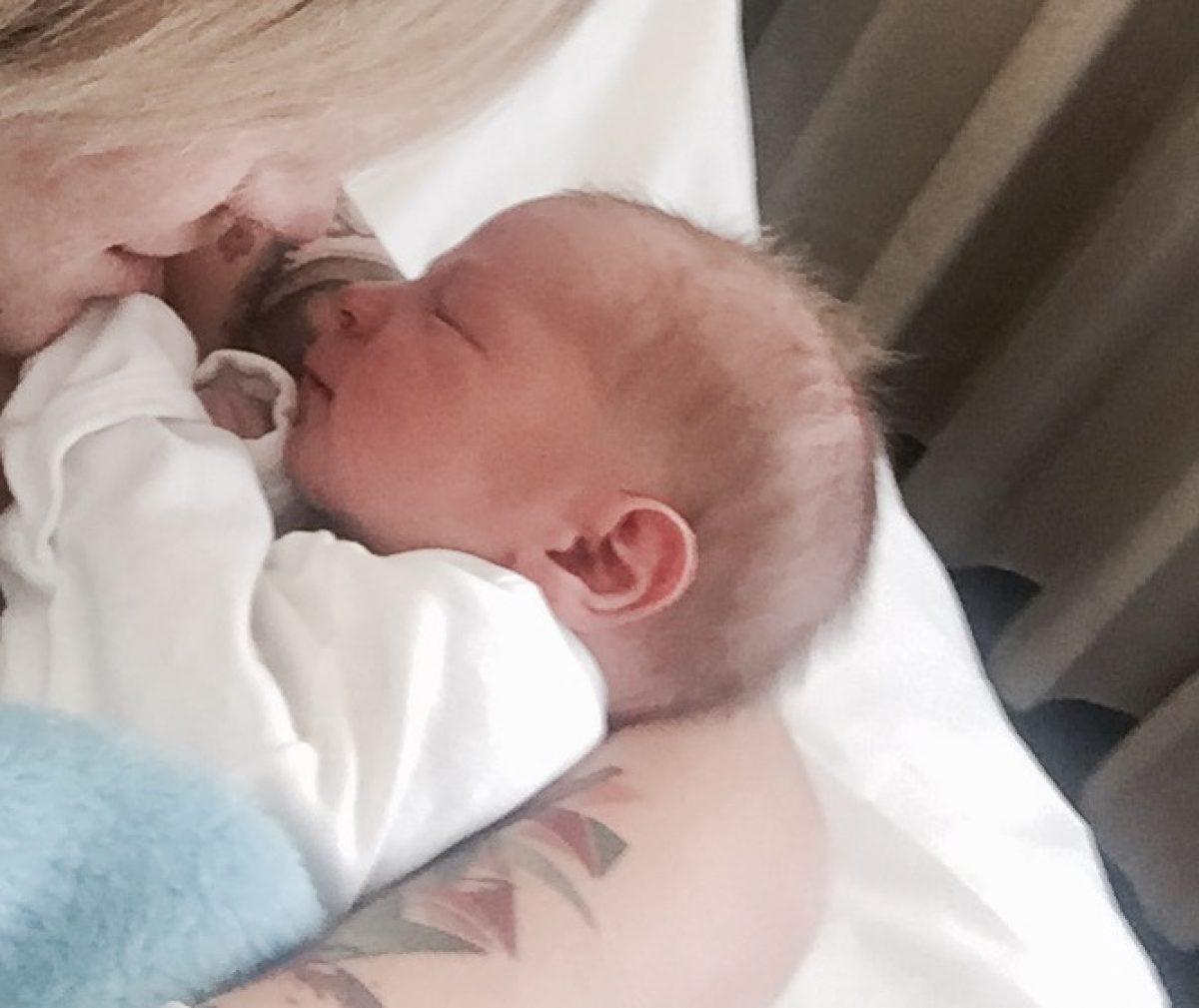 Γεννήθηκε το μωρό μου! Ο Άγγελός μου!