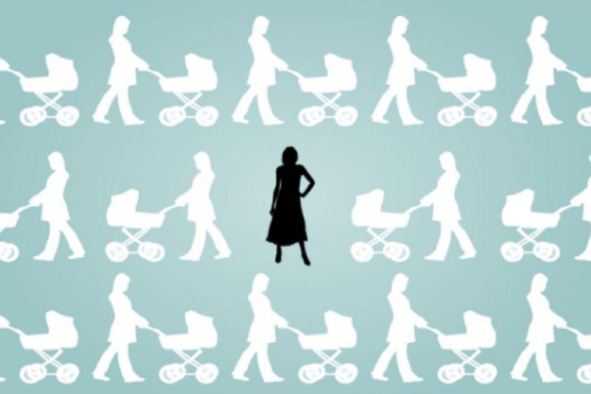 Ατεκνία: Γιατί η κοινωνία φοβάται τόσο τις γυναίκες που δεν έχουν παιδιά;